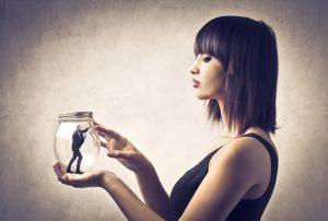 posesivnost-ljubomora-posesivan-partner-kako-da-se-oslobodim-ljubomore
